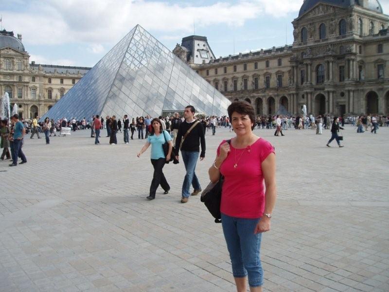 Linda in Paris